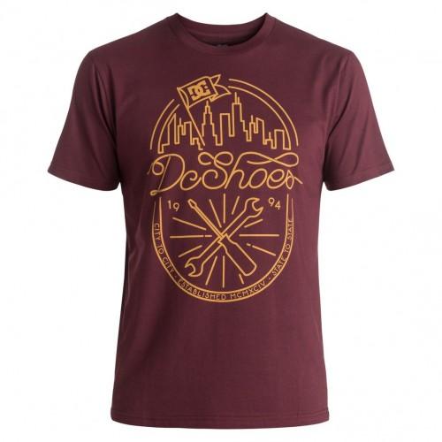 Camiseta DC City Relief Windsor Wine