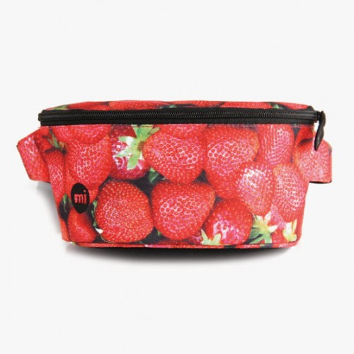 Riñonera Mi-Pac Bum Bag Strawberries-Red